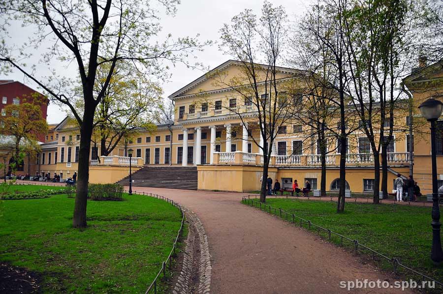 Юсуповский дворец на садовой ул