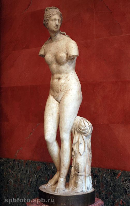 Голая античная женщина фото