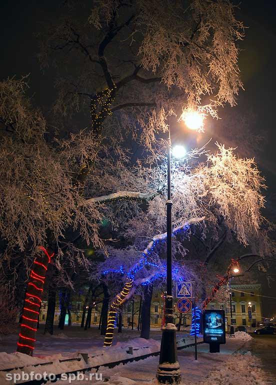 Ночь улица фонарь и снова ночь улица